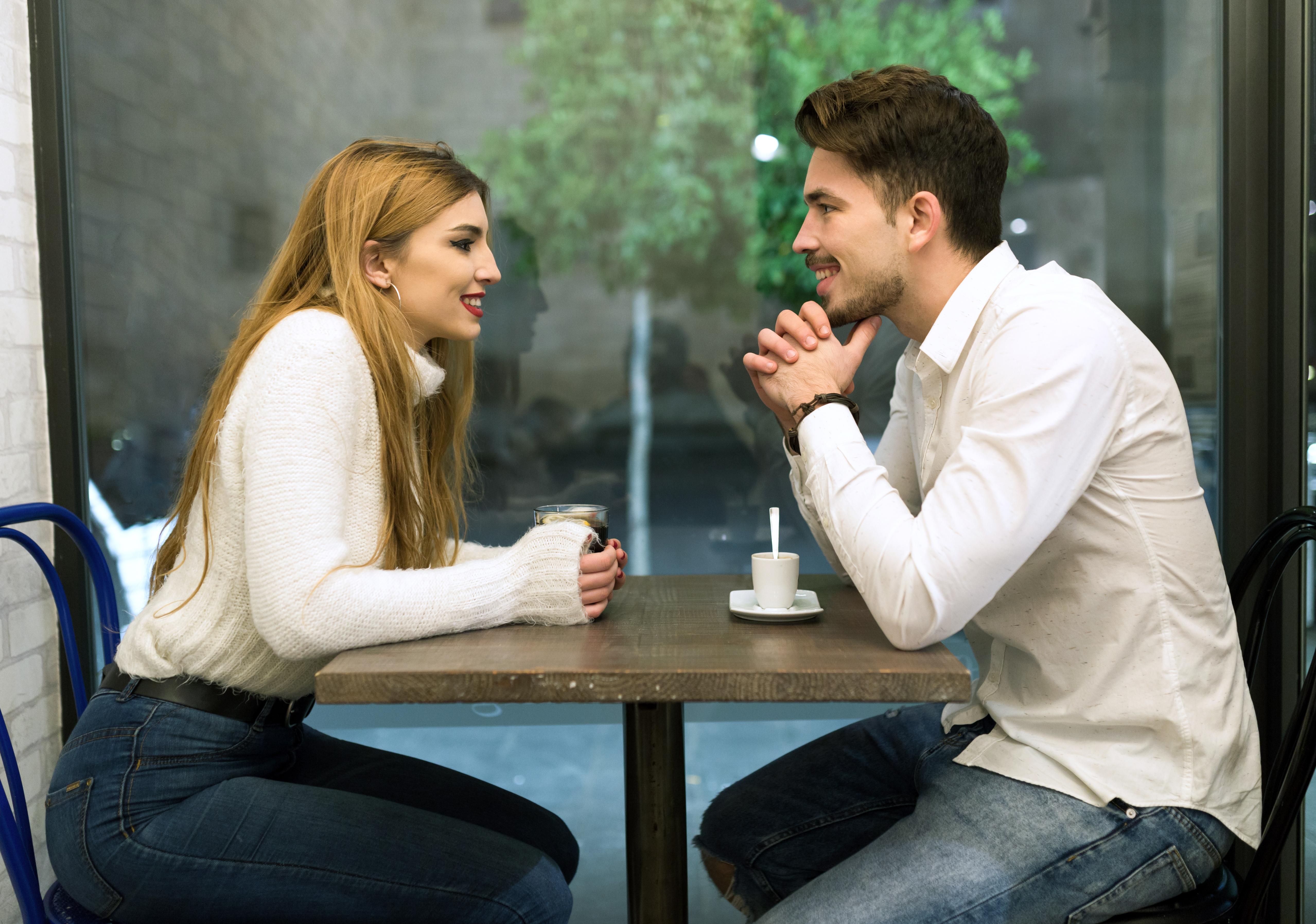о чем разговаривать с мужчиной на свидании