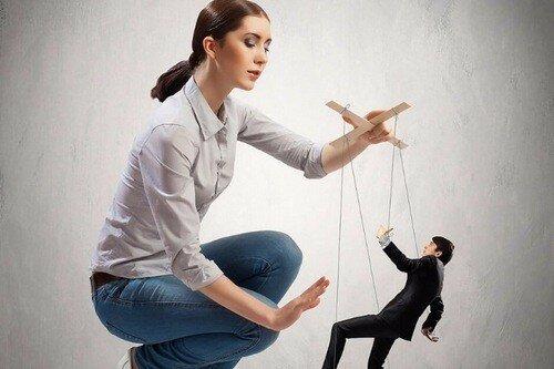 5 секретов гипнотического влияния на мужчину