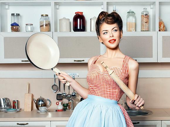 Жена-домохозяйка:плюсы и минусы